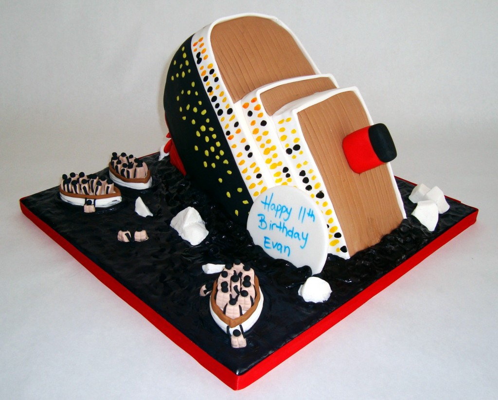 Titanic Cake sideview 2
