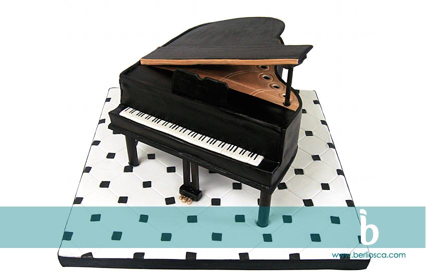 baby grand piano copy