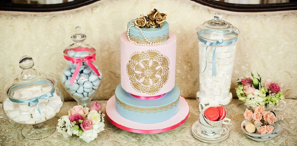 Berliosca Cake Boutique Wedding and Specialty Custom Cakes in
